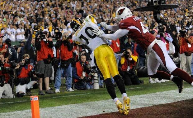 Recepção milagrosa de Santonio Holmes que valeu o touchdown da vitória do Steelers sobre o Cardinals e conquista do Super Bowl 43  Foto: USA TODAY Sports