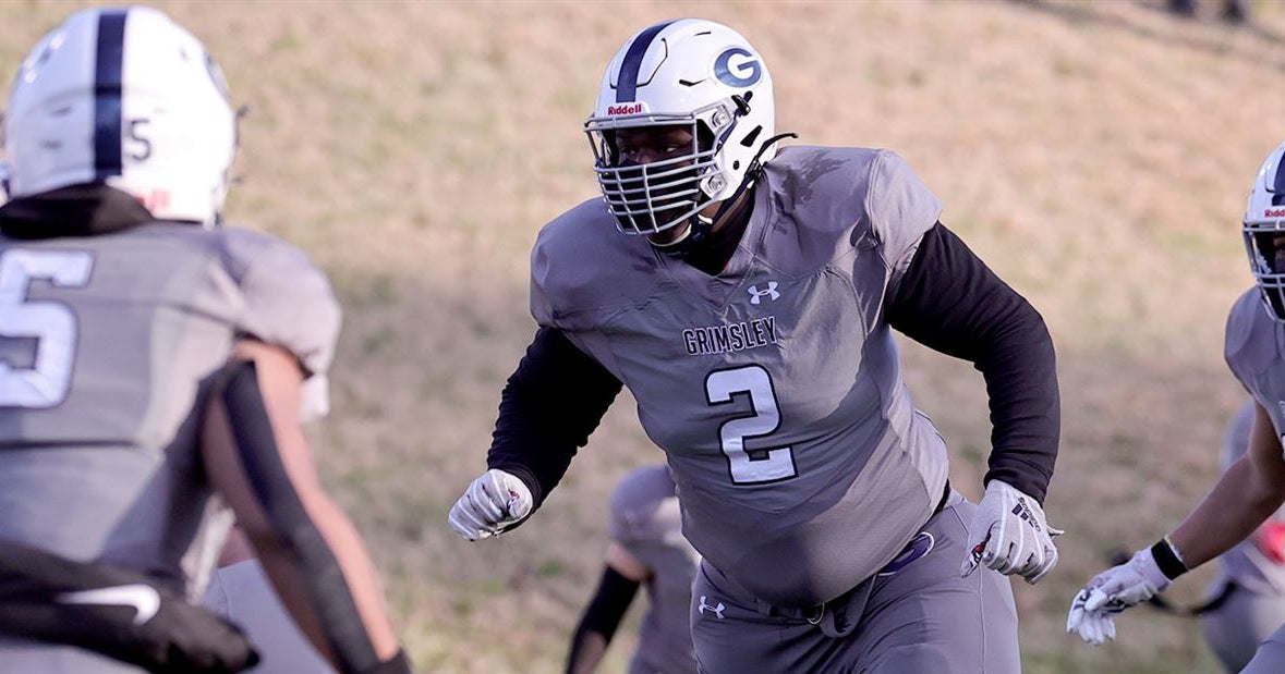 Recruting analyst Steve Wiltfong: UNC among two teams to keep an eye on for 5-star DL Travis Shaw