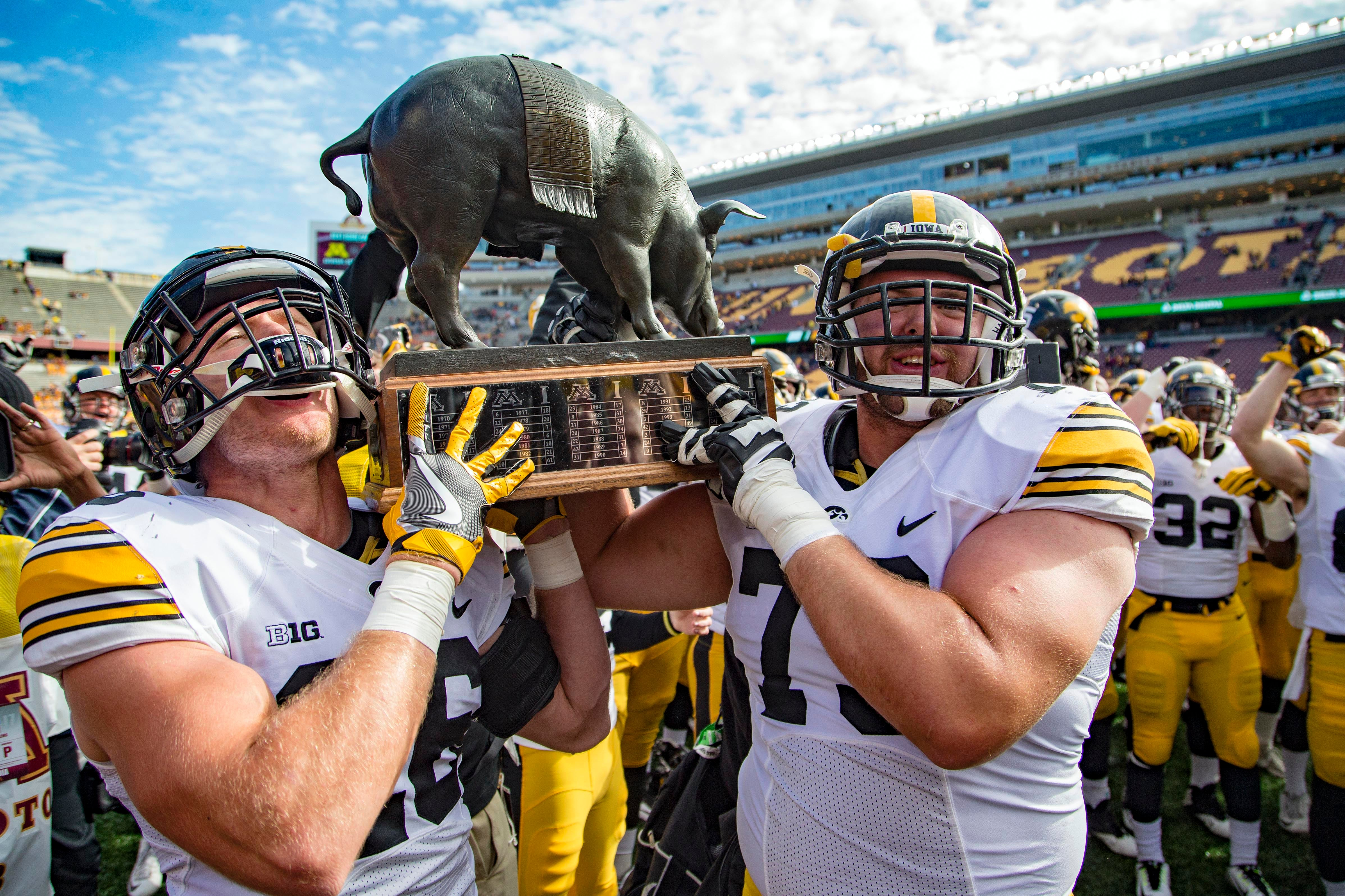 Best Rivalry Trophies in College Football