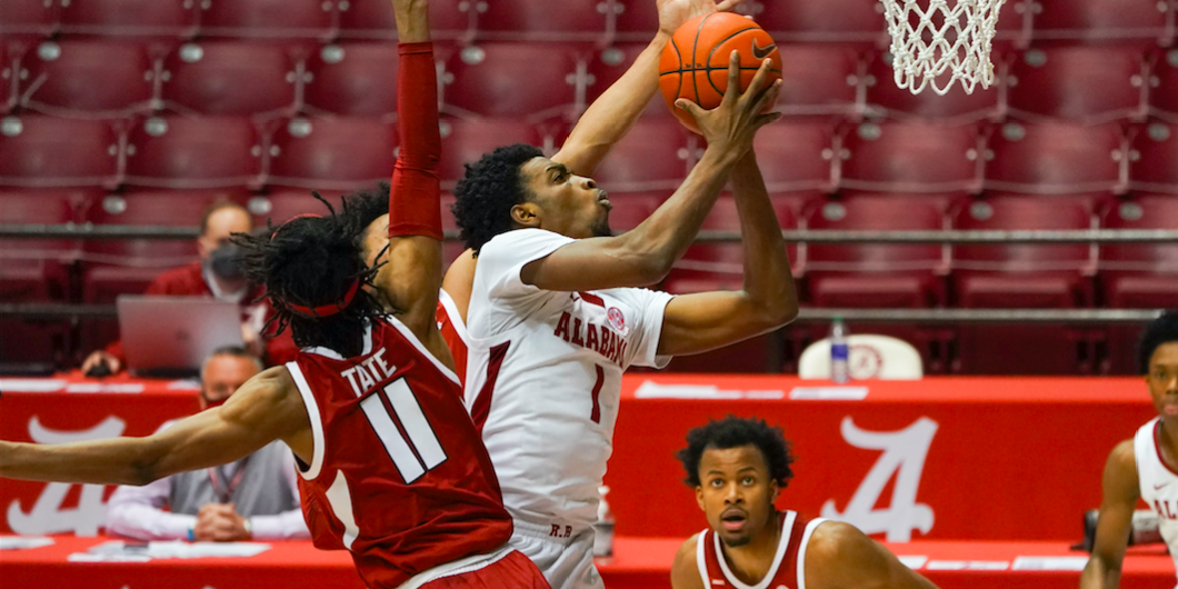 Notebook: Alabama looks to buck recent trends by beating UK twice in same year