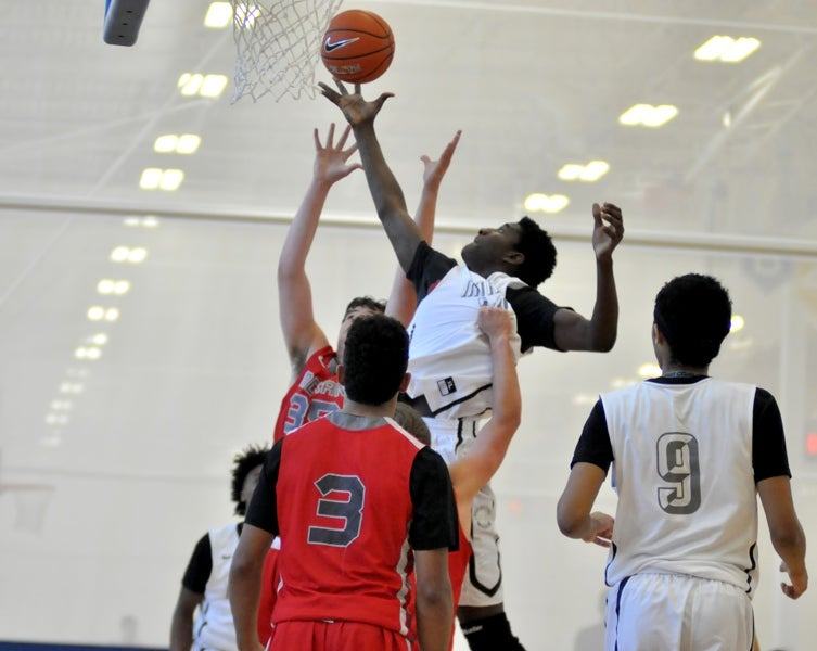 Georgia gets late addition to 2019 hoops class in Michael Peake