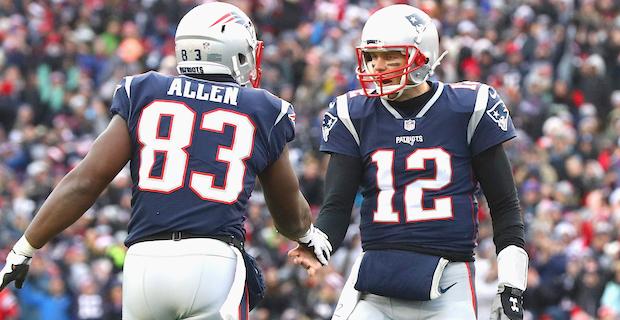 Dwayne Allen's pay cut with Patriots revealed