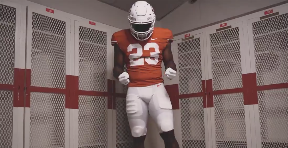 Texas to honor 1969 team with throwback uniforms vs. Kansas