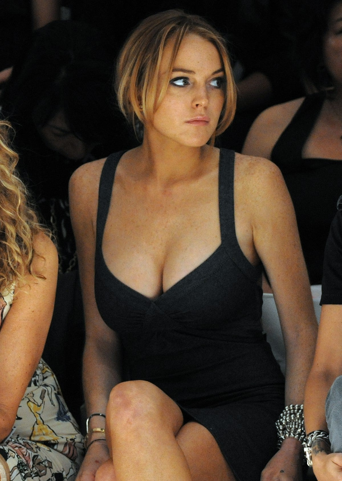 The cleavage thread! - Page 3 39199