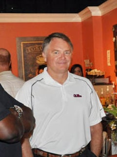Nutt meets with Tri-State Rebels
