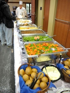 Notre Dame Will Do Its Best To Bring The Teamu0027s Regular Training Table Menu  To Ireland This Week.